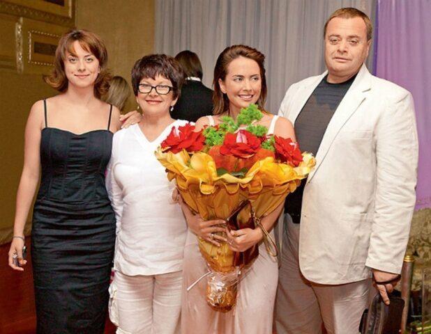 Жена телеведущего Дмитрия Шепелева