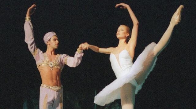 Жена танцора Николая Цискаридзе