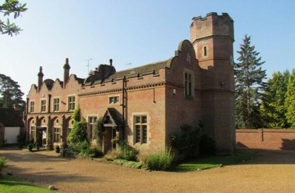 2 дома Тома Хиддлстона в Лондоне