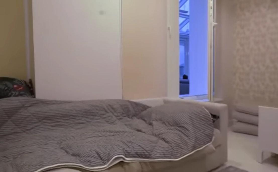 Съемная квартира бывшей жены солиста группы Little Big Ирины Смелой