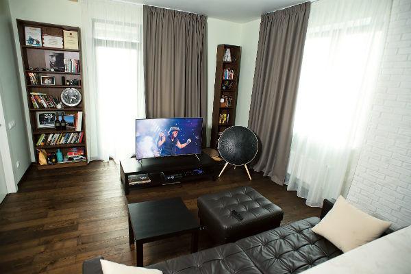 Стильная квартира ведущего Тимура Соловьева