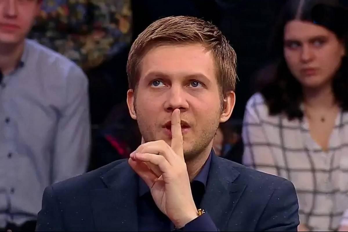 «Прямой эфир»: кто испортил костюм Андрею Малахову