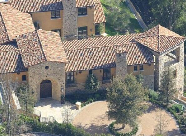 Шикарные дома Илона Маска с солнечными батареями
