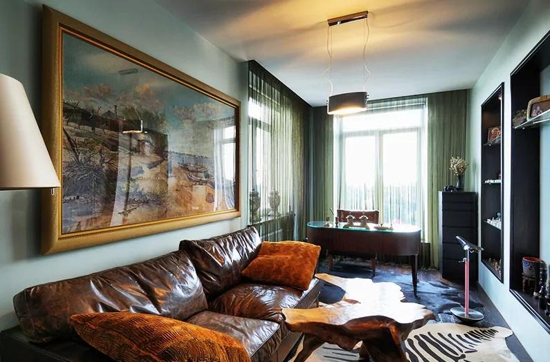 Двухэтажная квартира Мити Фомина с лестницей без перил