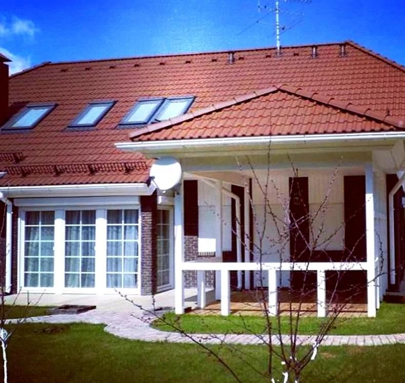 Дом ведущей Ирены Понарошку в поселке Первомайское