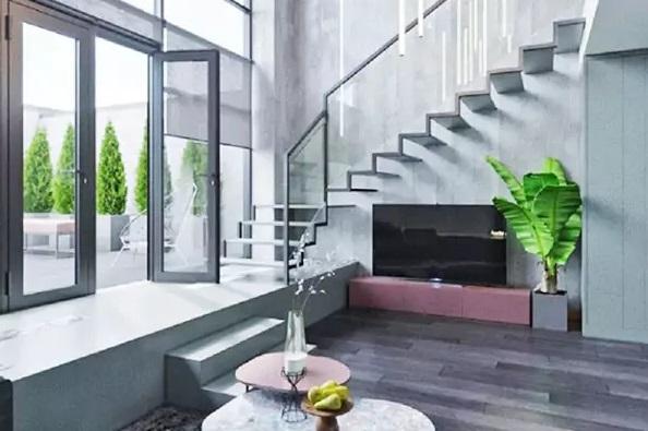 Шикарная двухэтажная квартира Настасьи Самбурской