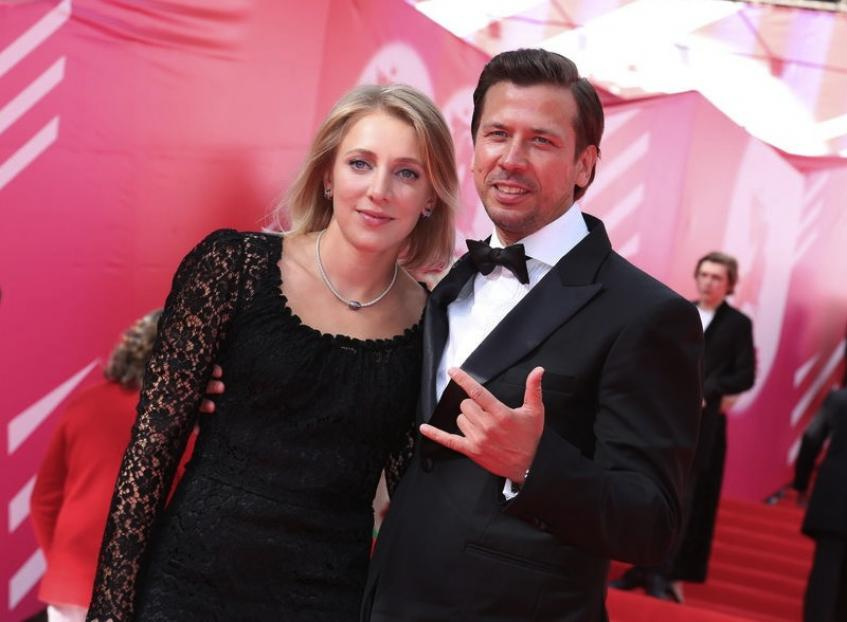 Как Андрея Мерзликина едва не развели с женой