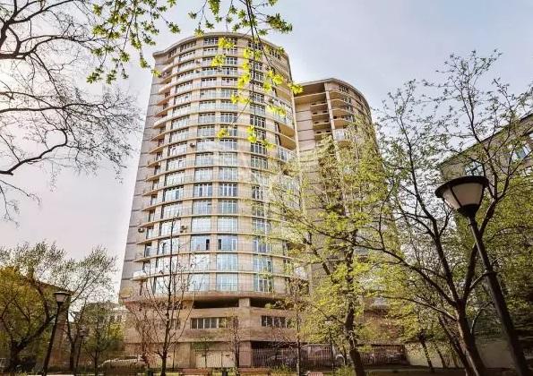 Скрытая недвижимость Константина Хабенского