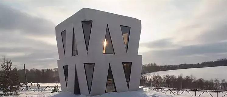 Дом-кубик для творчества Юлии Чичериной