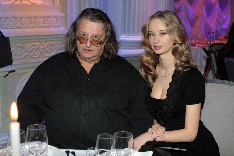 Известные мужчины и их молодые жены